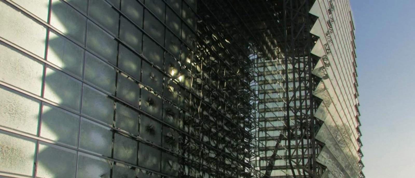 Lisa Violetta Gass Film Faltenwurf der Sonne